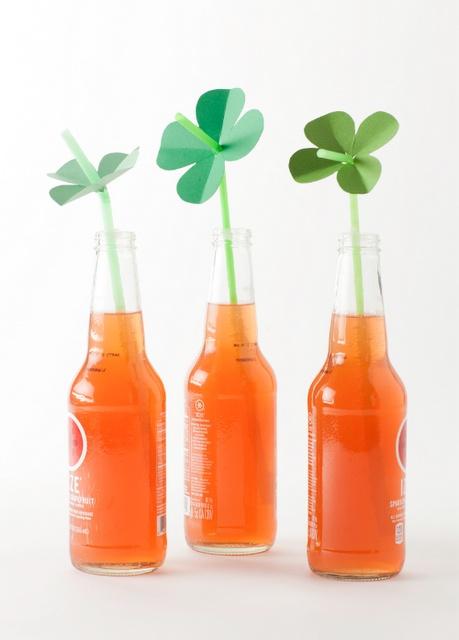 Shamrock StrawsHoliday, Four Leaf Clovers, Parties, Easy Crafts, Cute Ideas, St Patricks Day, Shamrock Straws, Drinks Ideas, The Crafts