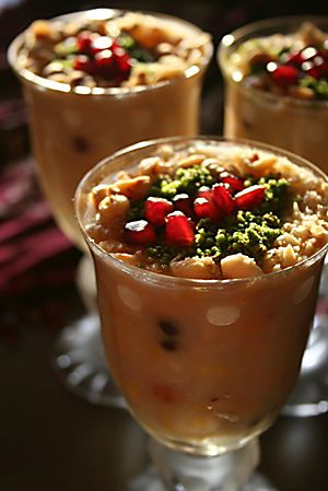 Aşure - A sweet dish with chickpea and beans?? Yes! :)