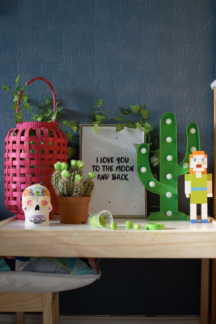 Still not sure how to style Pantone's Greenery colour of the year? We've embraced the bonkers. Take a look: