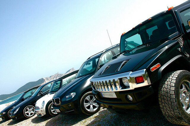 Mvc  Luxury cars
