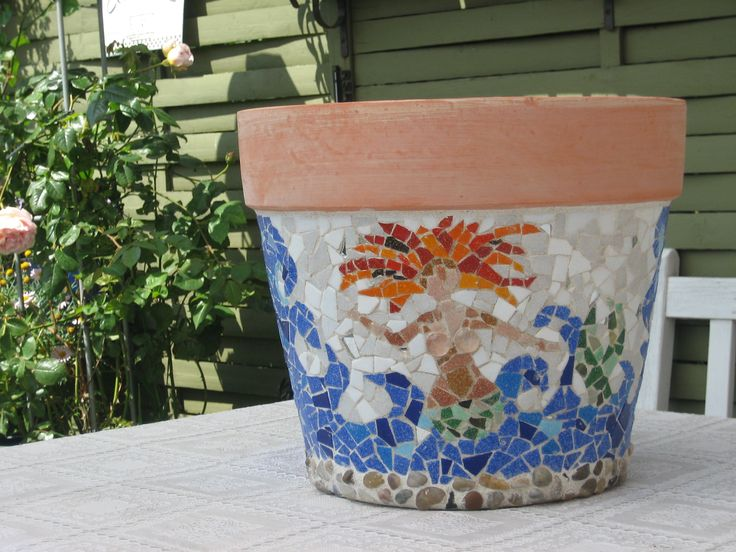 Stor Mosaik Havekrukke Med Havfrue   Big Mosaic Garden Pot With Mermaid