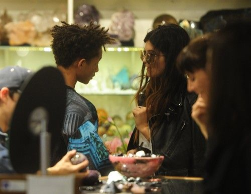 Kylie Jenner and Jaden Smith Hook Up For Crystal Date (PHOTOS) #KylieJenner