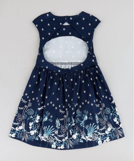 88fda3ddf7 Vestido infantil desenvolvido em tecido plano macio com elasticidade. O  modelo é estampado de borboletas