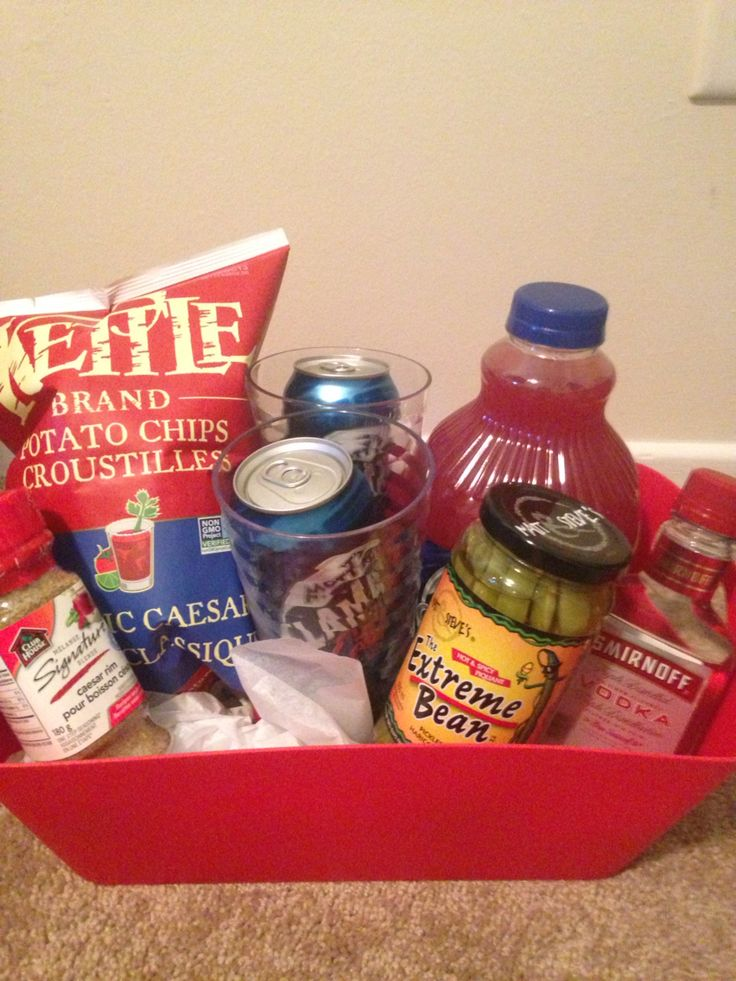 Caesar basket for buck and doe prize