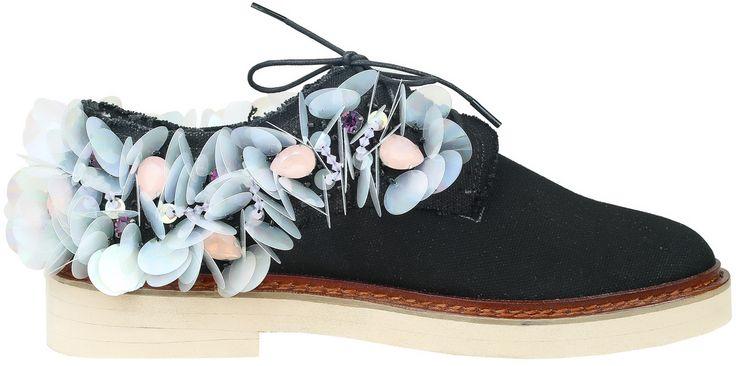 ANOUKI Black Canvas Shoes