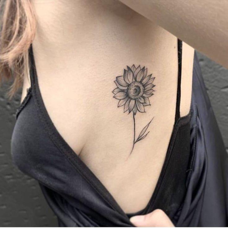 Tatuagens na Costela: vem ver essas ideias! - Blog Tattoo2me em 2020 | Tatuagens na costela, X tatuagem, Tatuagens