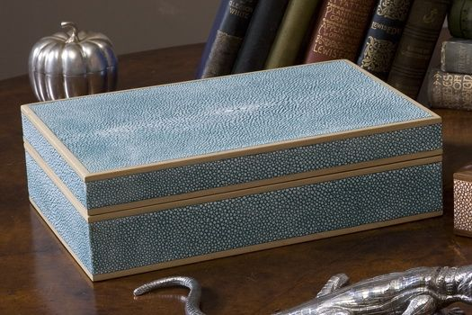 - Treasure box in turquoise shagreen -Truly scrumptious!!! This beautiful shagreen treasure box is perfect to hold all your valuable trinkets! Our turquoise faux shagreen treasure box is lined with smokey blue velvet. This shagreen jewellery box makes a perfect gift / present for any occasion. Gorgeous!
