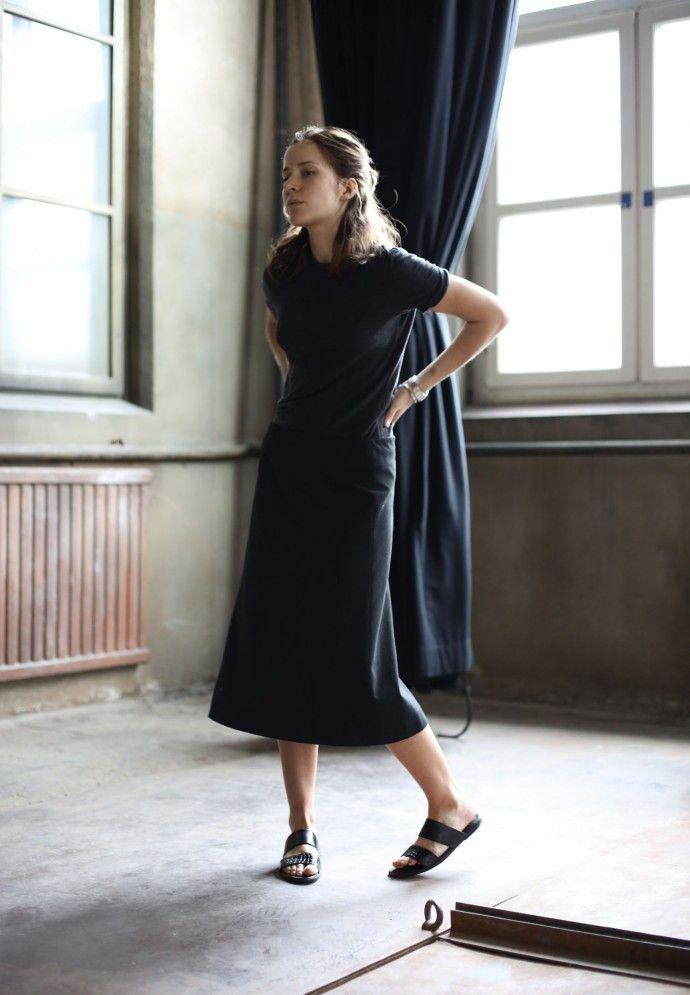 black dress and slip-on sandals