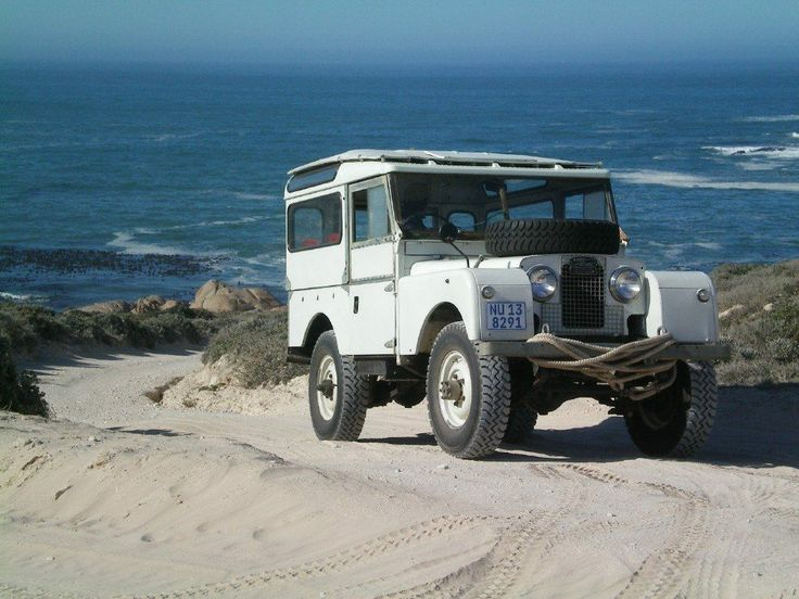 1000 ideas about landrover series on pinterest land for Garage land rover nancy