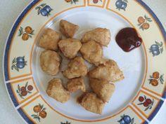 Hoe maak je kipnuggets? Heerlijke kip nuggets maak je heel eenvoudig zelf, vooral met ons eenvoudige recept. Chicken Nuggets, McNuggets, like McDonald's