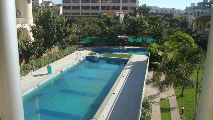 Swimming pool consultant in Pune is put initiatives to maintain the pools cleanliness by washing it regularly.