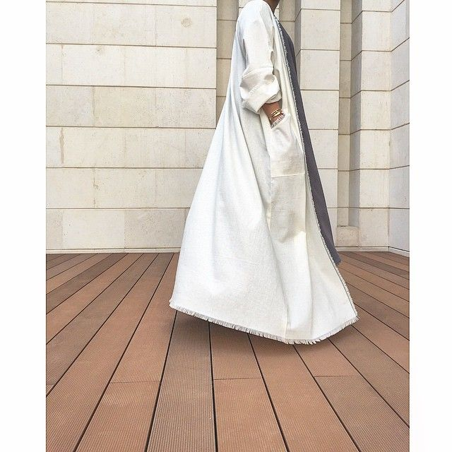 White open#abaya by @bylaha IG page