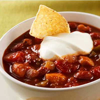 Sweet and Saucy Chicken Chili. So easy to make with cranberry sauce. #recipe