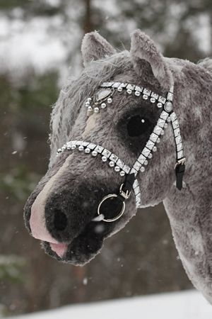 Iisan talli  realistic Hobby horse