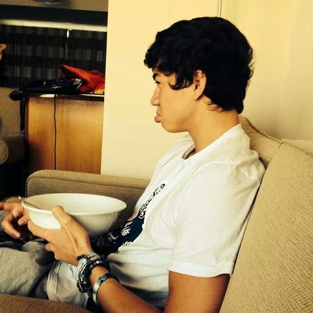 Babe: 5So, Ass Bowls, Thomas Hoods, Cereal Bowls, Calum Thomas, Calumhood, Zzzcalum Hoods, Big Ass, Salad Bowls