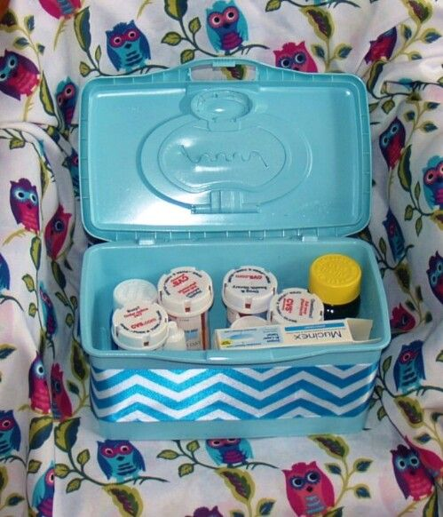 Organize Your Medicine Cabinet 30 Uses for Baby Wipe Containers