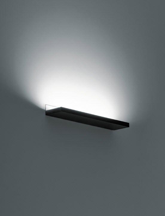 The metal Linet wall light by  Omar Carraglia for Davide Groppi.