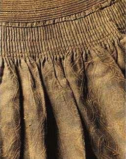 13-14th century Turco-Mongol-Persian Crossover Coat pleat detail