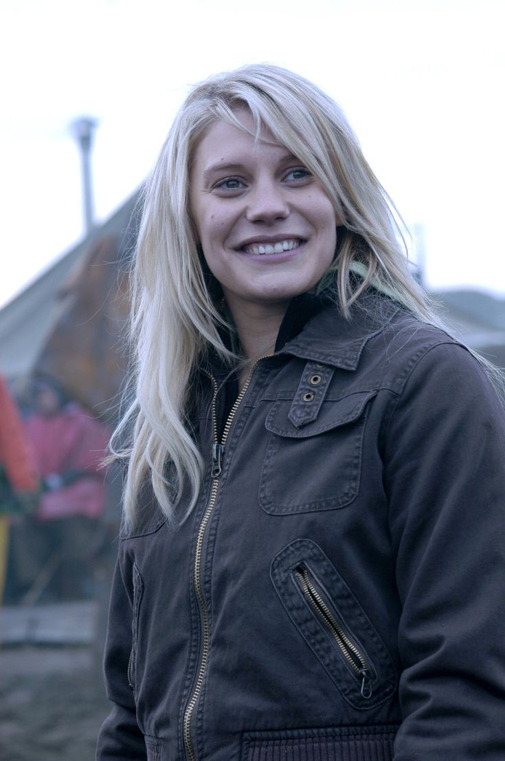 Katee Sackhoff...one of the best actresses ever. Johanna in Catching Fire?