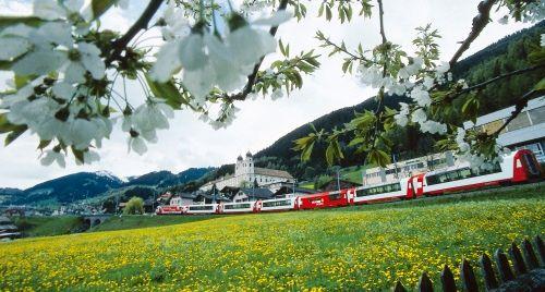 Компания Швейцарский Дом Путешествий является уполномоченным партнером Swiss Travel System (Швейцарская Система Путешествий) в России. Мы выписываем в проездные и ж/д билеты по Швейцарии и Европе по официальным тарифам STS - без дополнительных сборов и комиссий
