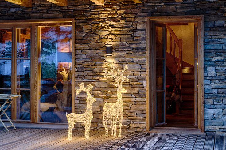 Renne luminose led a luce calda ti accolgono la sera e danno un caldo benvenuto ai tuoi ospiti