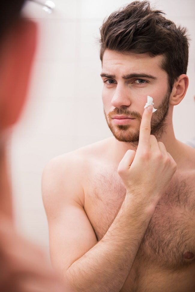 In this 2016 Male Grooming Guide we Discuss the Common Mistakes to Avoid and the Usual Male Beuty Faus Pax.