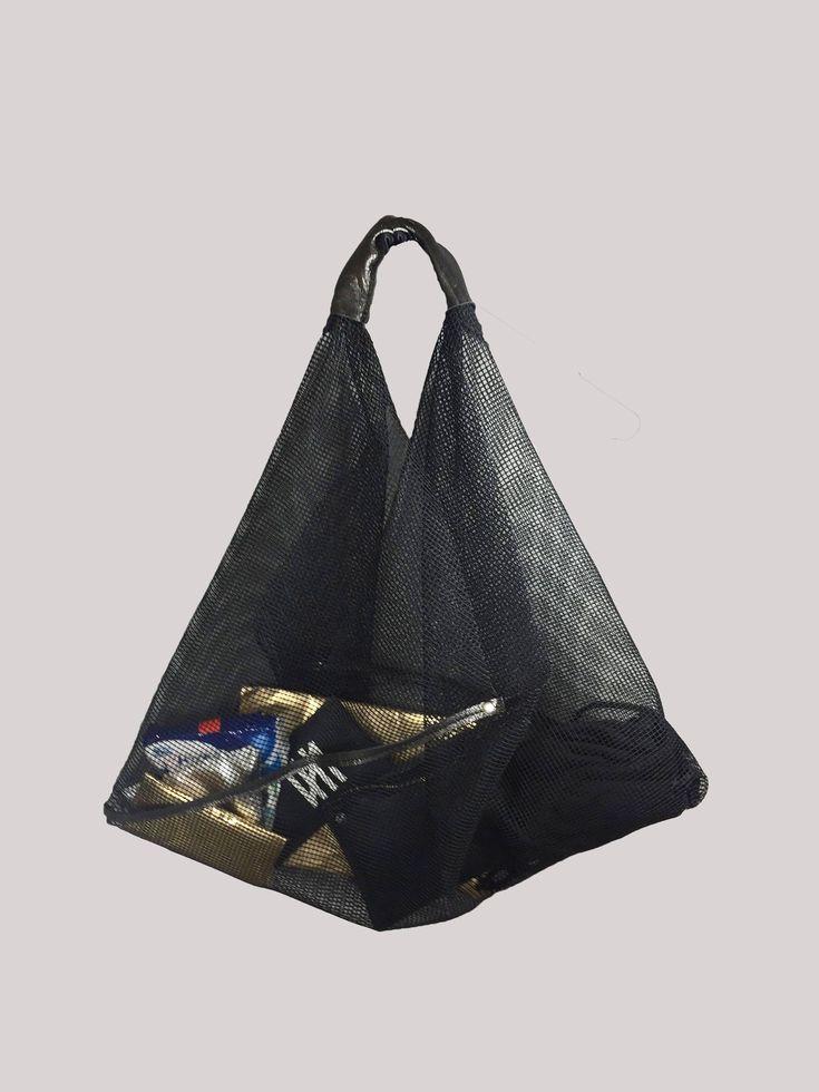 NETZTASCHE NETZ TRAPEZ schwarz oder weiß Einkaufstasche Shopper http://etsy.me/2DRP29d #beutelundtaschen #rucksack #einweihungsparty #thanksgiving #schwarz #designer #elegant #rot #weiss