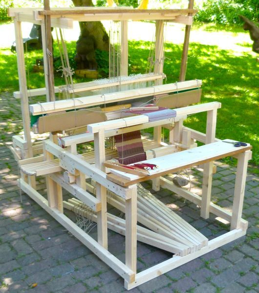 Flying-8 weaving loom by Andreas Moeller is designed to be self-built, inexpensive, and productive. It has been successfully implemented in several developing countries.