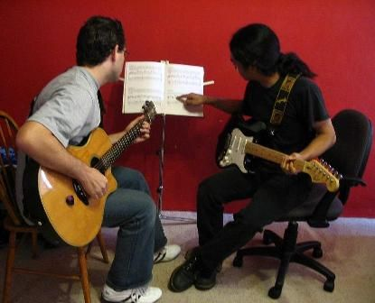 Guitar Lessons - informative video filled online guide - Click Here - http://www.salesguitar.com/