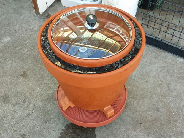 Picture of A Practical Zeer Pot (evaporative cooler / non-electrical refrigerator)