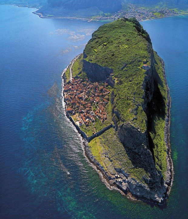 23 Incredible Aerial Photos That Will Make You Want To Travel The World - Airows
