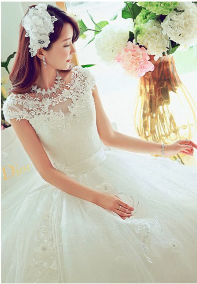 Rochie de mireasa printesa cu trandafir COD IN104