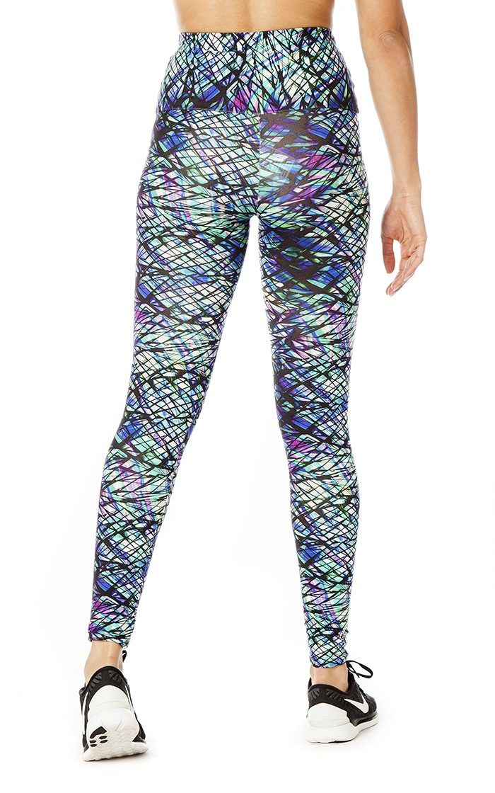 Workout in style with the Dreamcatcher high waist legging. Featuring a dreamy all over print and our signature high waistband, these will have you looking and feeling fabulous whether you're out for a run, in the gym or out to brunch! Made from our high quality thick supplex material that is supportive and ultra comfortable. The material is super stretchy and designed to fit firm with a compression feel so it will hug you in all the right places through every move you make.