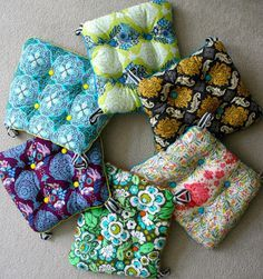 How to make chair cushions. Yellow patterned for one side, and white or cream for the other side :) that way they will go with lots of stuff!