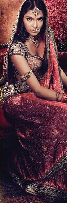 tarun tahiliani #lehenga #choli #indian #shaadi #bridal #fashion #style #desi #designer #blouse #wedding #gorgeous #beautiful
