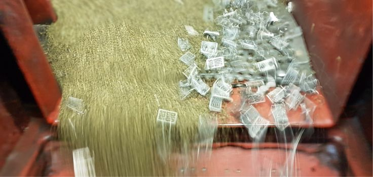 SPIN - breloki, figurki, klamry, klamry do pasków, medale dla dzieci, medale drewniane, medale na zamówienie, medale odlewane, medale okolicznościowe, medale pamiatkowe, medale producent, medale sportowe, medale z pleksi, okucia kaletnicze, ordery, pinsy, produkcja medali, produkcje medali, statuetki, trofea