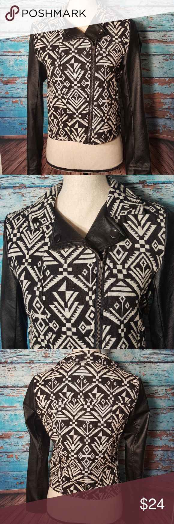 "BLU PEPPER JACKET Black and white vintage style jacket Aztec Print Like new condition! 17"" Bust 24"" Sleeve length 19"" Overall length   Shell:100% Cotton/sleeves 100% Polyurethane Blu Pepper Jackets & Coats"