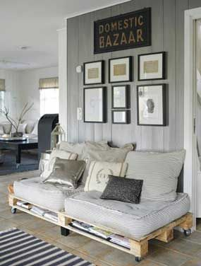 All you need for cosiness on a budget are some pallets, a dash of paint, some wheels/furniture legs and to top it off with mattresses & cushions! Here are some nuggets of pallet sofa style inspiration I found on the web