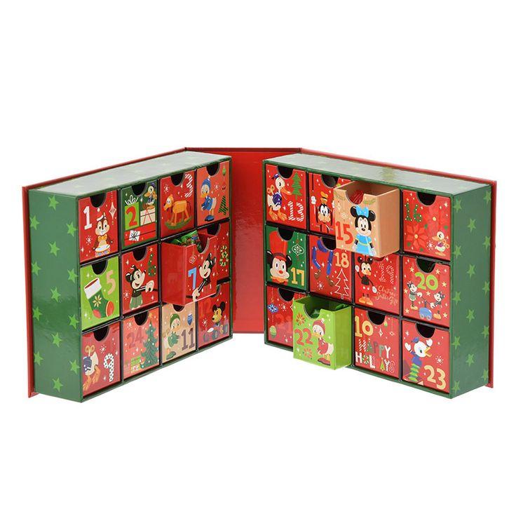 アドベントカレンダー ミッキー&フレンズ CHRISTMAS SANTA'S GIFTのご紹介です。ディズニーキャラクターグッズ公式ストアDisneystore。ファッション、雑貨、おもちゃ、文具など幅広いディズニーグッズを販売しています。プレゼントやギフトの通販にも最適です。
