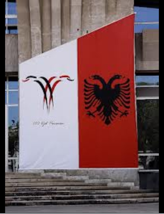 Albanian's worldwide celebrate the 100th Anniversary of the Independence of Albania! #albanian #culture #heritage #roots #100vjetpavaesi #red #twoheadedeagle #28november