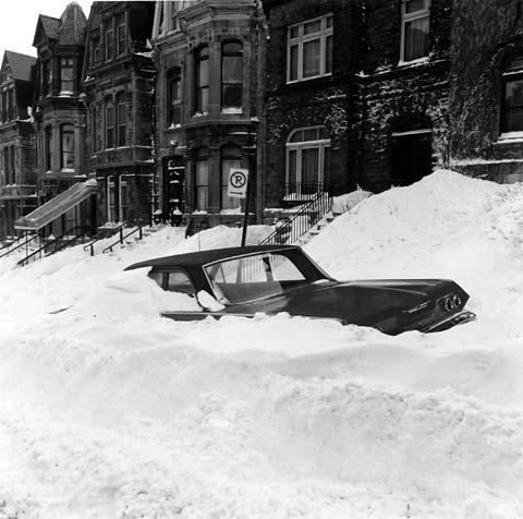 MONTREAL, 1971                                                                                                                                                                                 Plus