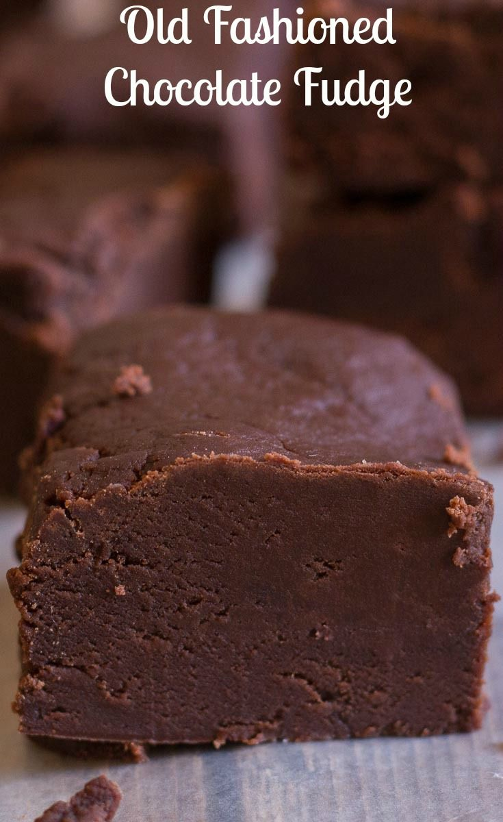 Old Fashioned Chocolate Fudge, creamy and slightly crumbly this melt in your mouth #homemade #chocolate #fudge is the best.