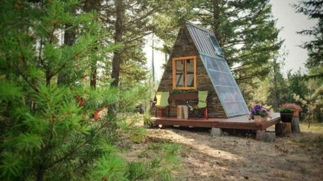 Tiny A Frame Cabin Took 3 Weeks To Build And Cost Only 700 Houses Pinterest Es