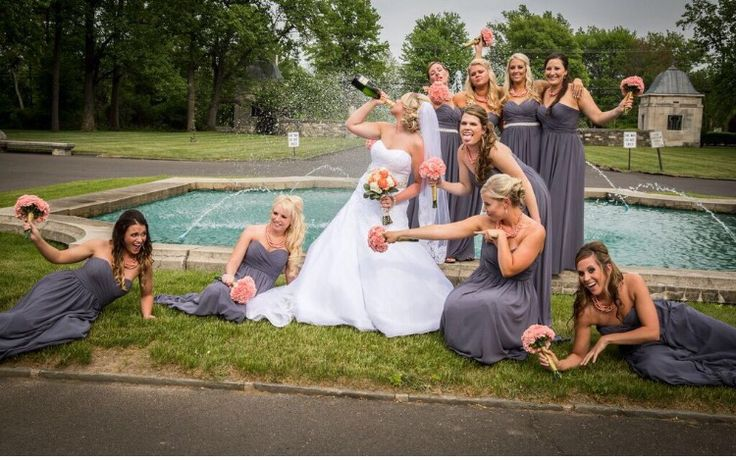 Funny bridesmaids picture