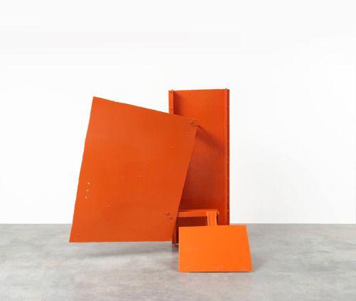 Anthony Caro, Capital, 1960. Steel, painted, 246x241.5x132 cm.