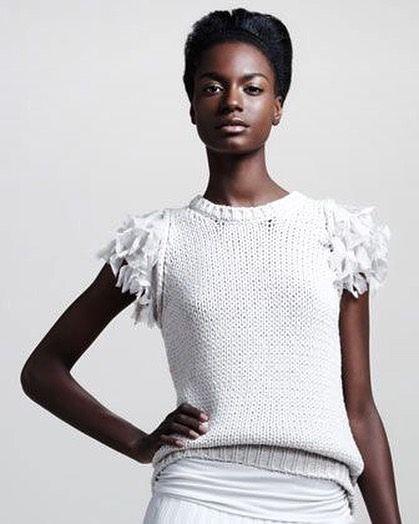 Brunello Cucinelli #knit #knits #knitspo #knitted #knitwear #knitting #knitfashion #knitstagram #knitstyle #mezgimas #modaoperandi #vogue #knittinglove #sweater #knittinginspiration #instaknit #inspoknit #inspiration #i_loveknitting #вязание #вязаниеспицами #вязанаямода #вязаныйстиль #модноевязание #стильноевязание #свитер #вяжутнетолькобабушки
