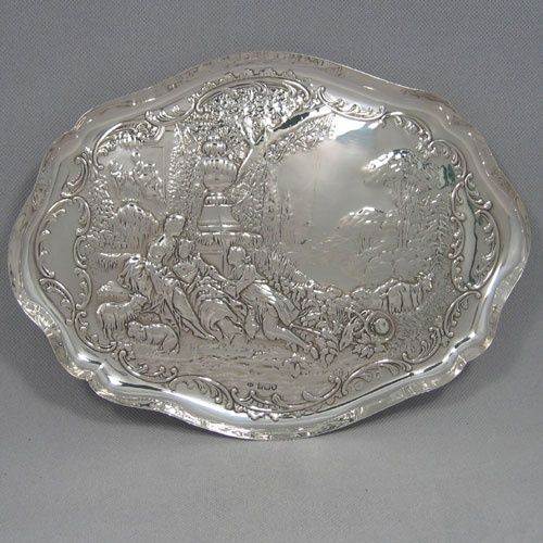 Antique Edwardian sterling silver dressing table tray made by William  Comyns of London in Length 31 cms, width 23 cms. - 113 Best Victorian Vanity Trays Images On Pinterest Vanity Tray