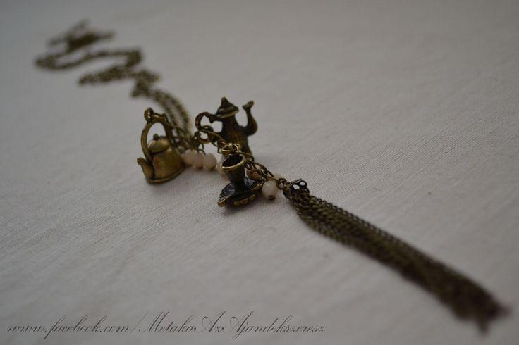 Tea time - necklace   :-)