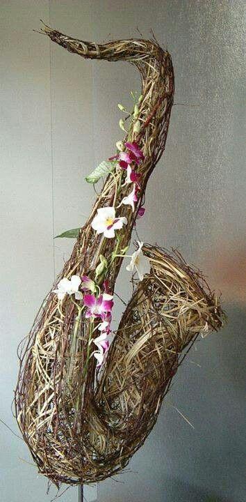 Saxophone floral