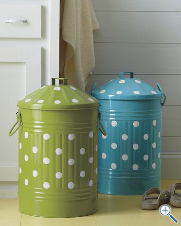 I am going to have to recreate this cute canister...maybe in pink...
